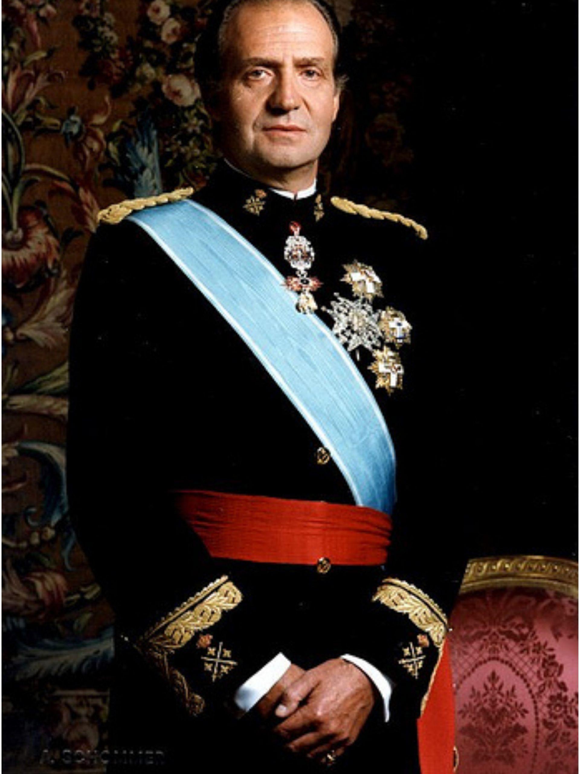 traveling steps king Juan Carlos