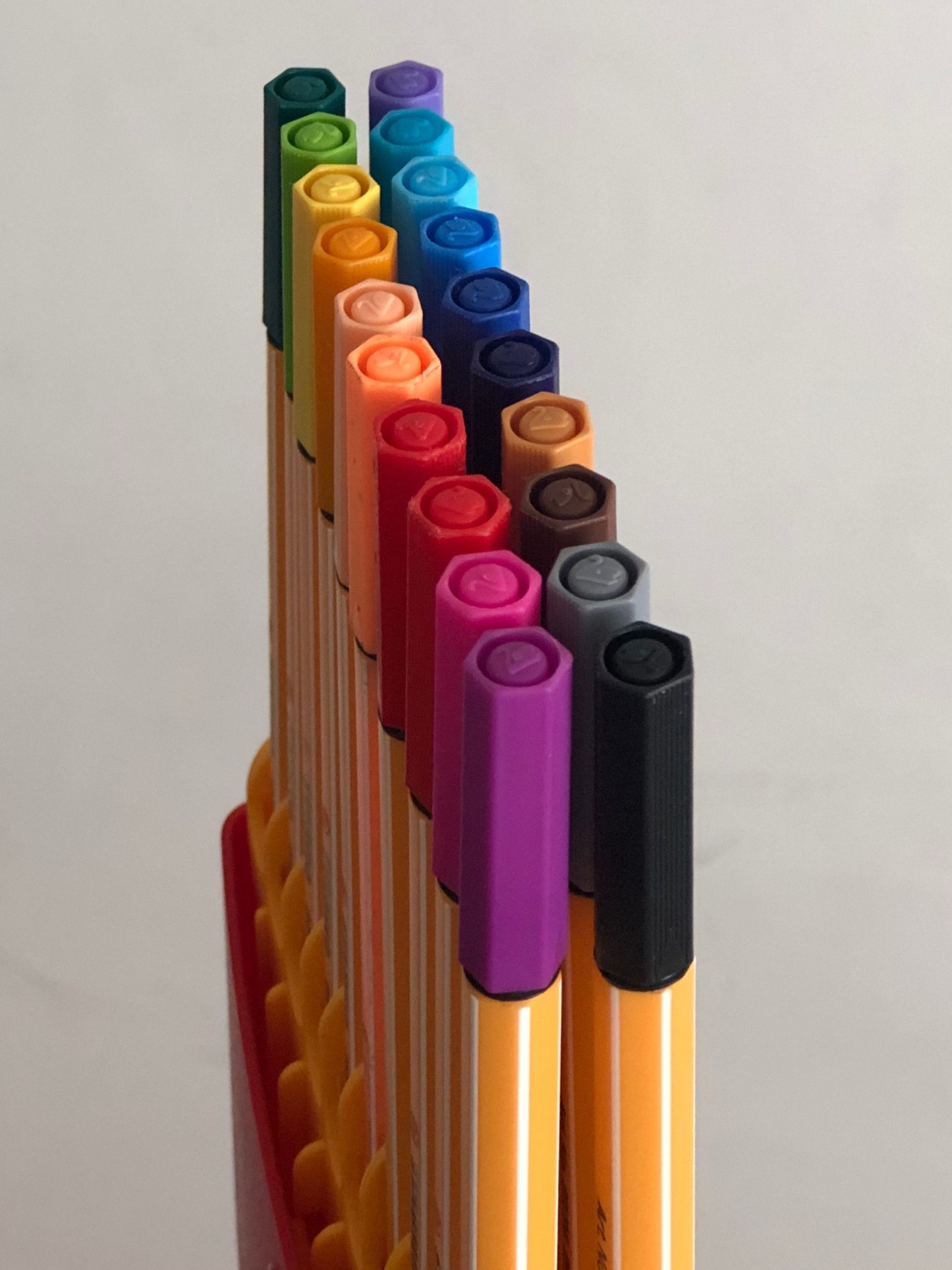 traveling steps crayons
