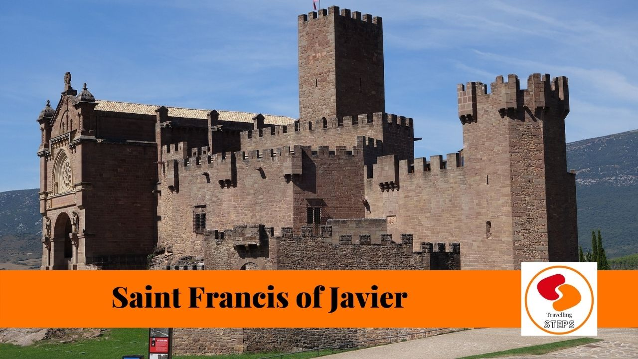 traveling steps Javier Casttle