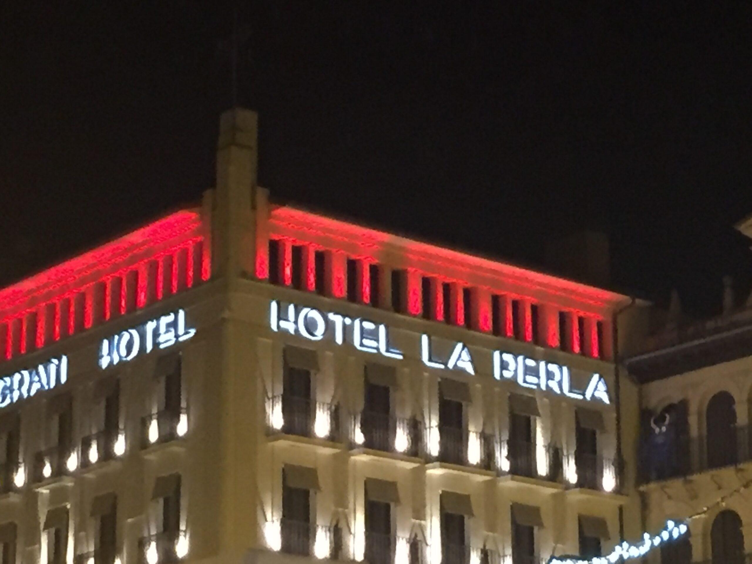 hotel la perla traveling steps